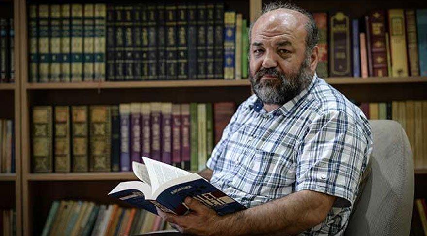 İhsan Eliaçık'a Kayseri Kitap Fuarı'nda saldırı!