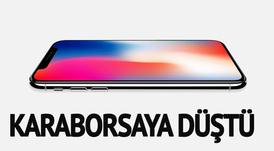 iPhone X piyasaya çıkar çıkmaz karaborsaya düştü!