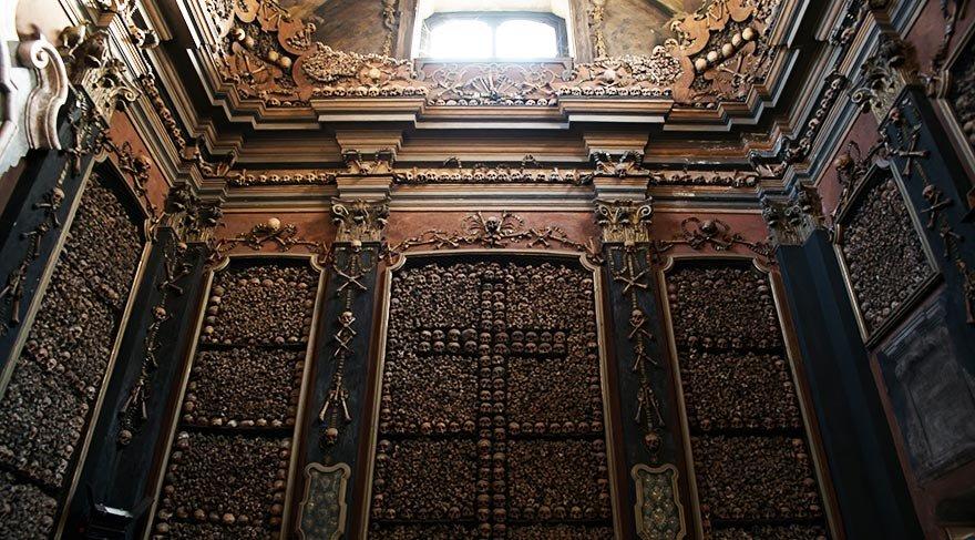 İskeletlerden yapılan kilise: San Bernardino Alle Ossa