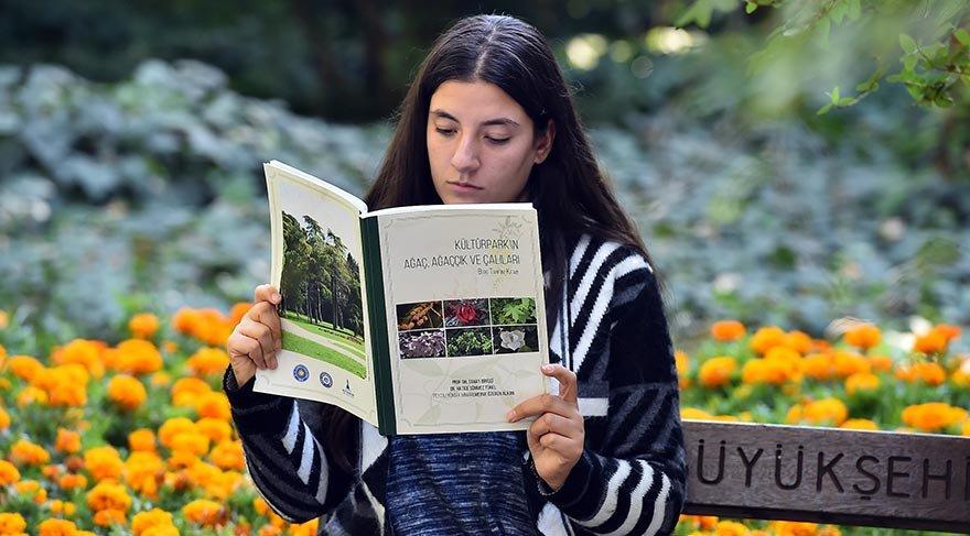 Kültürpark'ın ağaçları kitap oldu