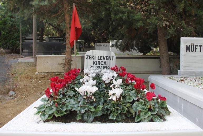 levent-kirca-mezar