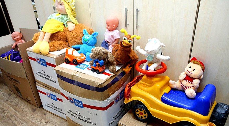 Maltepeliler oyuncaklarını köy okullarına gönderiyor