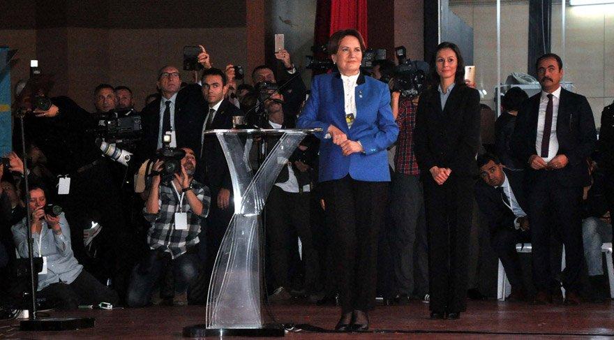 İYİ Parti kurultayında slogan detayı... Meral Akşener düzeltti!