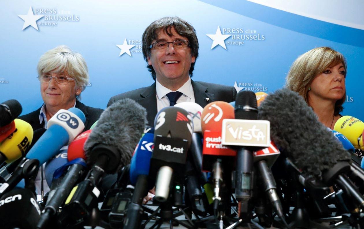 Görevden alınan Katalan lider ifadeye çağrıldı