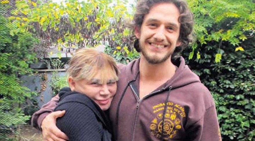 Sezen Aksu'nun oğlu Mithat Can Özer'in evine hırsız girdi!