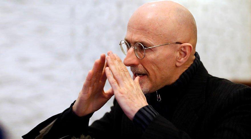 Prof. Dr. Sergio Canavero'nun bundan sonraki hedefi en geç üç yıl içerisinde 'dünyanın ilk beyin naklini' gerçekleştirmek.