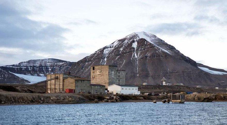 Norveç'te Rus helikopteri denize düştü!