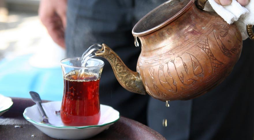 Sıcak çay içenler dikkat edin!