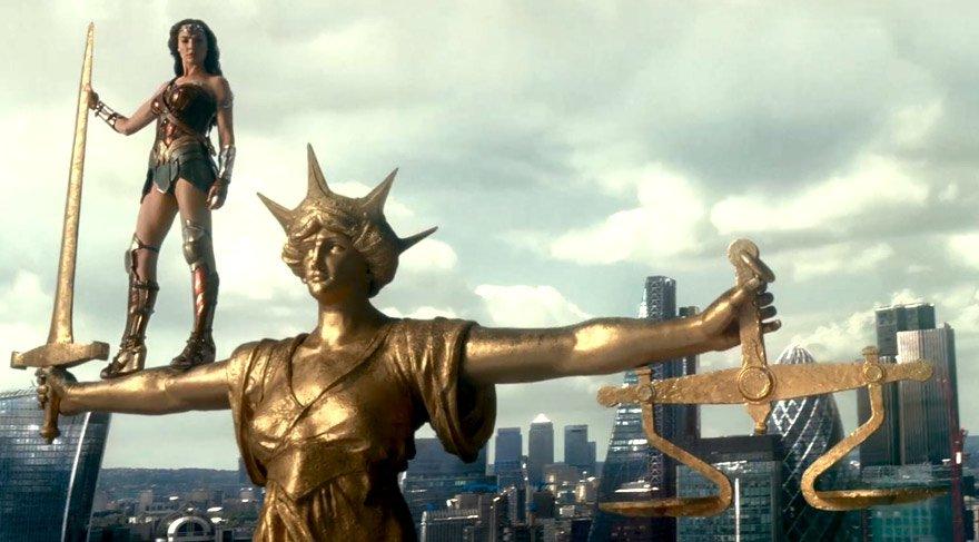 Vizyondaki filmler: Adalet Birliği