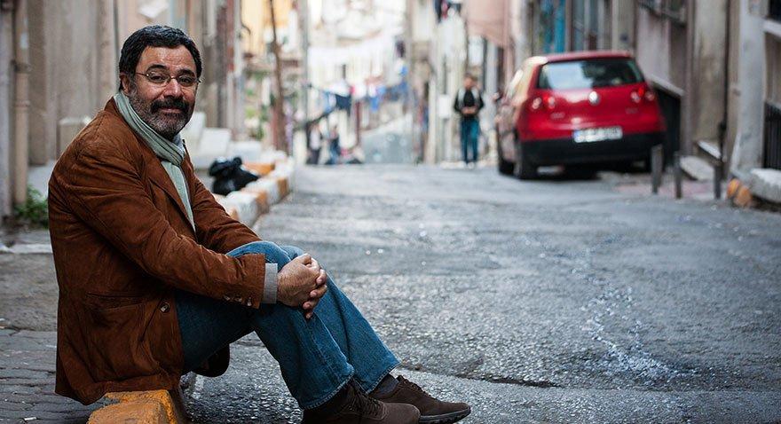 Ünlü yazar Ahmet Ümit Beyoğlu'nun En Güzel Abisi isimli romanında Tarlabaşı'ndaki dönüşümü işlemişti.