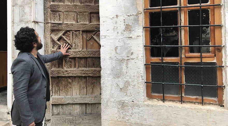 Çağrı filminin yönetmeni Mustafa Akkad'ın hayatı film oluyor
