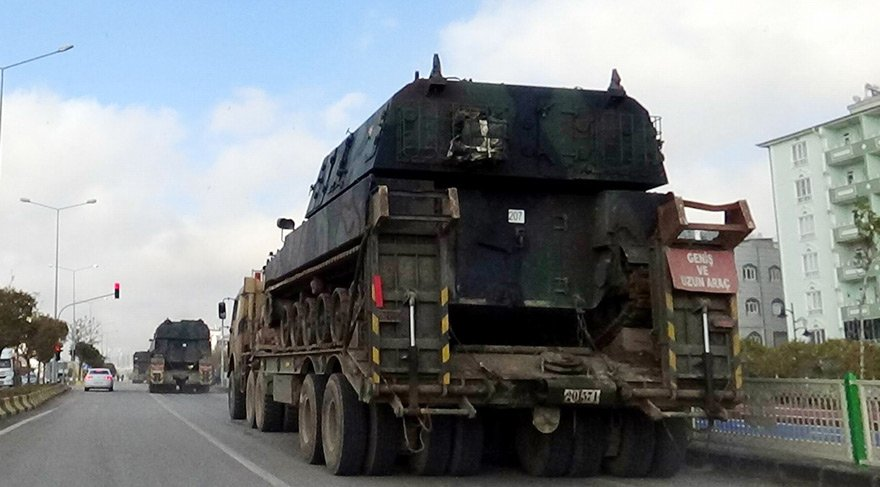 Afrin'e Türkiye'den yığınak... Her an her şey olabilir