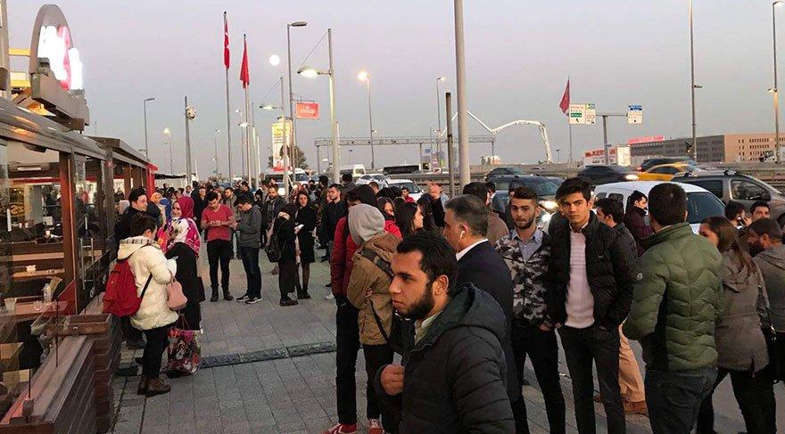 Son dakika haberi... İstanbul Bahçelievler'de AVM'de silahlı şahıs paniği!