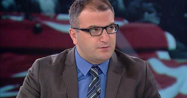 """FOTO:ARŞİV - Cem Küçük """"Sözcü'ye FETÖ'cü denmesi çok komik"""" dedi."""