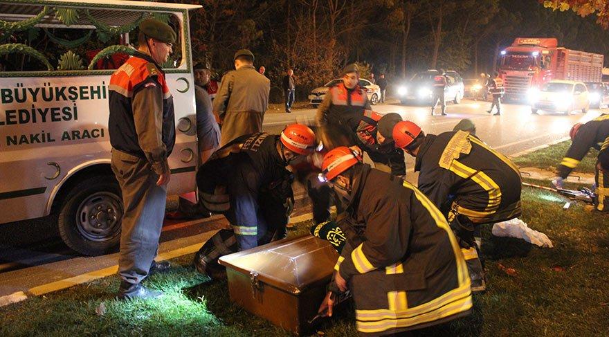 Denizli'de korkunç kaza: 2 ölü 4 yaralı
