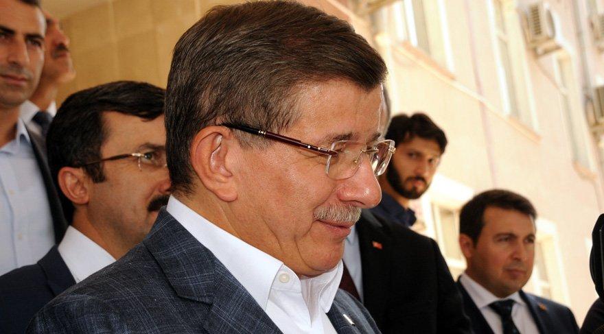 Ahmet Davutoğlu'ndan 'konferans iptali' açıklaması