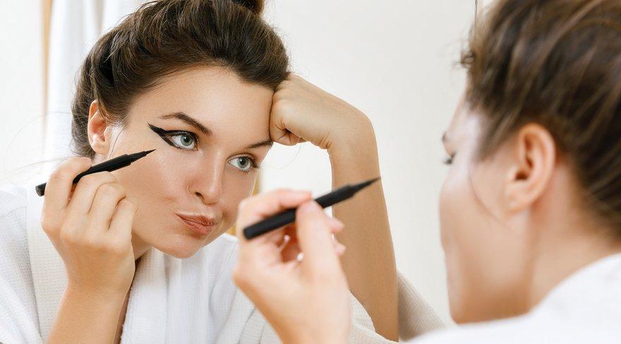 Doç. Dr. Rıfat Rasier: Makyaj malzemesi ucuz ve kontrolsüz olduğu zaman daha önce bahsettiğimiz alerjik reaksyonlar daha fazla görülür.