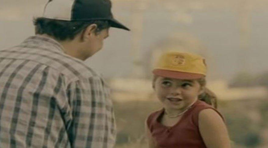 Kemal Sunal'ın 'Garip' filmindeki çocuk oyuncu Fatoş bakın şimdi ne yapıyor?