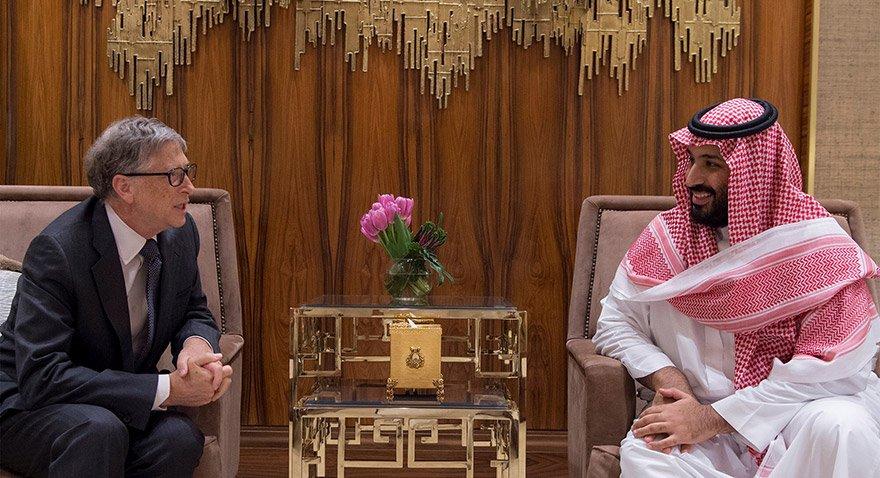 Gates Suudi Arabistan'da veliaht prens Muhammed bin Salman ile görüştü. Fotoğraf: Reuters