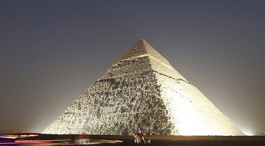 Mısır'daki piramitte müthiş keşif