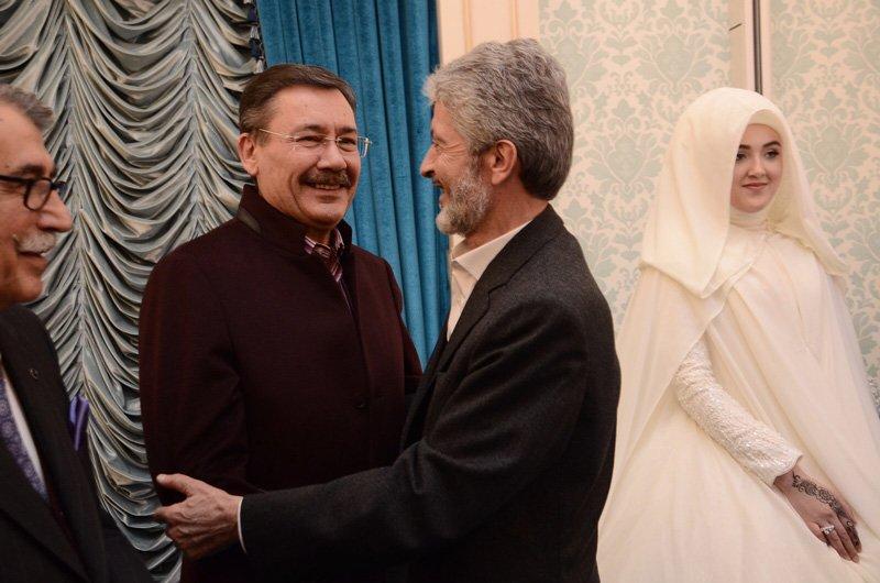 FOTO:SÖZCÜ - Halef-selef başkanlar böyle kucaklaştı...