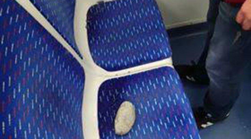 İZBAN trenine taşlı saldırı