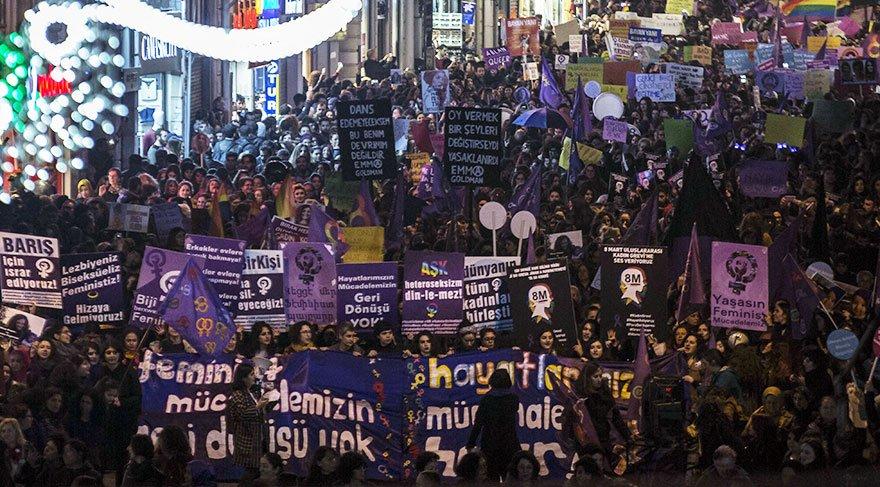 Kadınlar şiddete dur demek için Taksim'de buluşacak