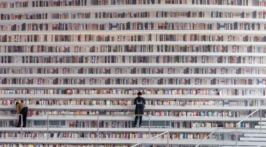 Bu kütüphanede bir milyondan fazla kitap var!