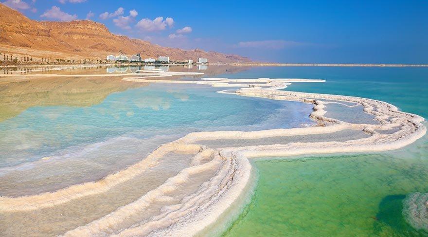 Dünyanın en alçak gölü Lut