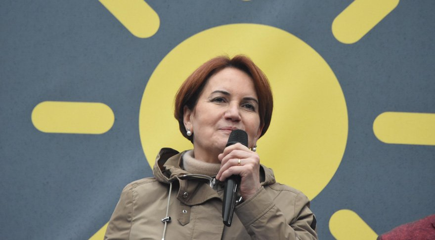 """Meral Akşener'den Bahçeli açıklaması """"Bahçeli ve ekibi AK Parti'den daha fazla savunuyor…"""""""
