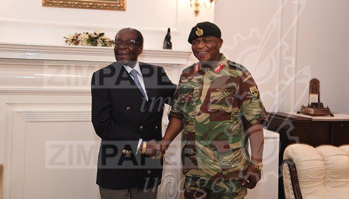 Mugabe ortaya çıktı, keyfi yerinde