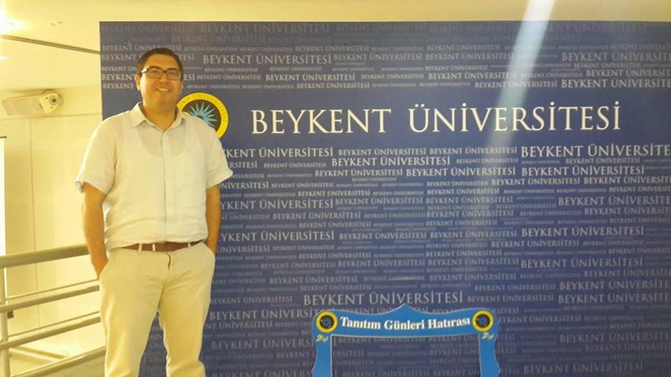 Beykent Üniversitesi Siyaset Bilimi ve Kamu Yönetimi bölümü öğretim üyesi ve Uluslararası Politika Akademisi (UPA) Genel Koordinatörü Yardımcı Doçent Doktor Ozan Örmeci.