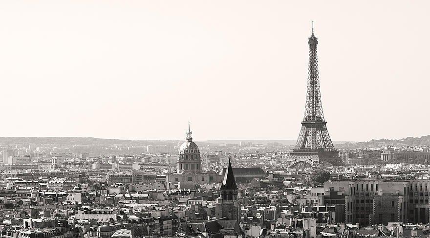 Paris'in dünü ve bugünü Fransız Lisesi'nde