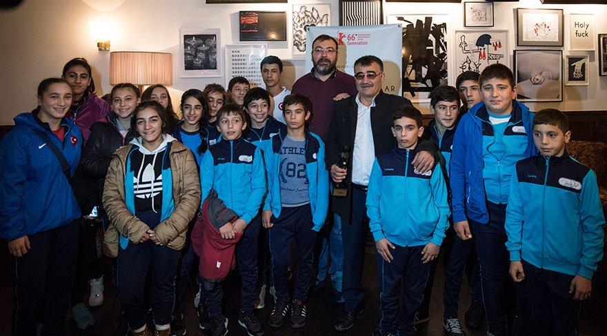 'Genç Pehlivanlar'ın hikayesine ödül yağıyor