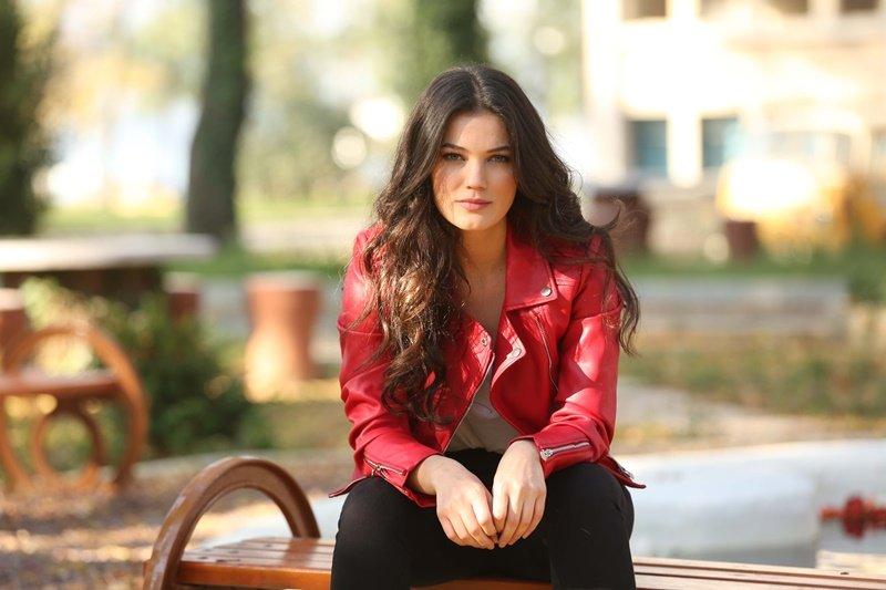 Pınar-Deniz-nereli-kimdir