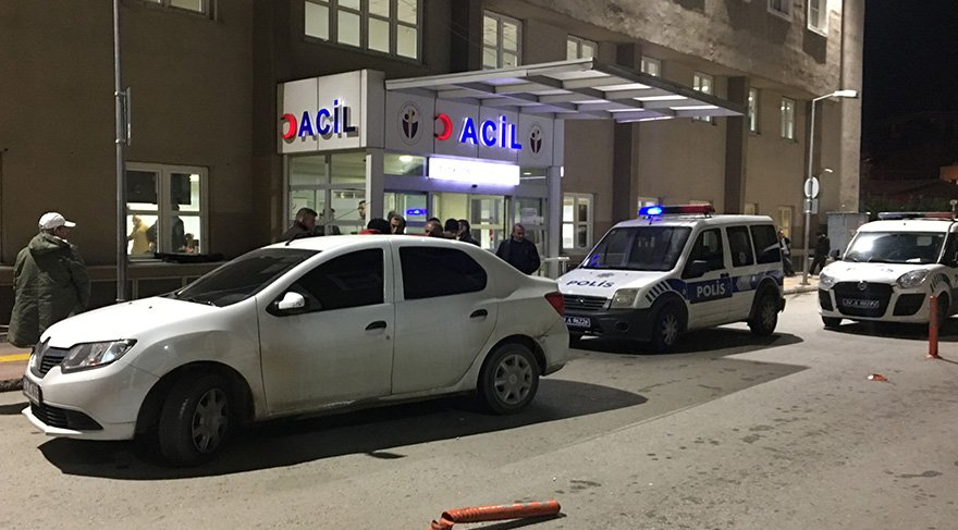 Acil servis önünde silahlı saldırı: 1 yaralı