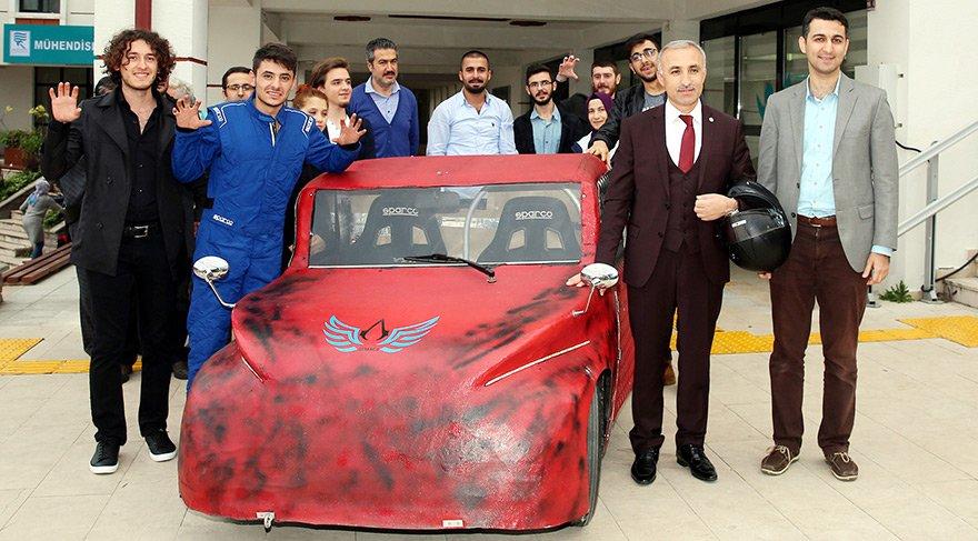 RTEÜ öğrencileri elektromobil araç üretti