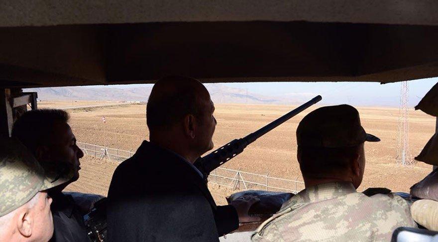 İçişleri Bakanı Soylu sınır karakolunda