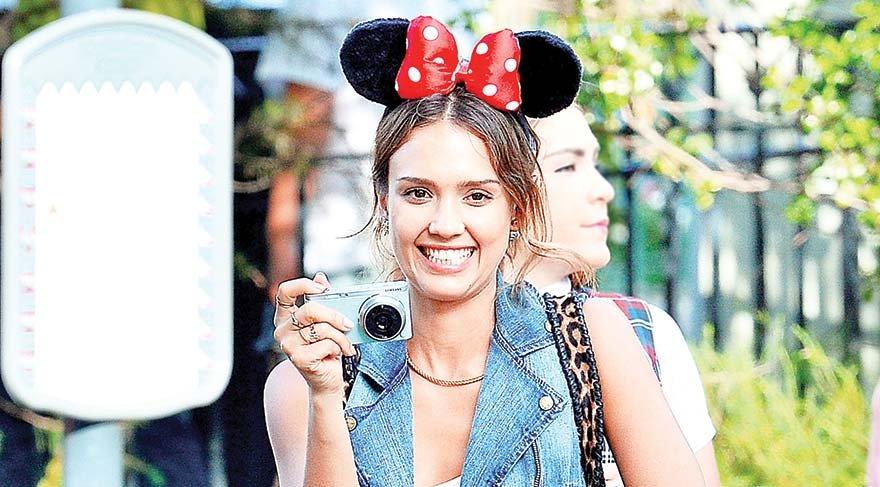 Önüm arkam sağım solum Disney
