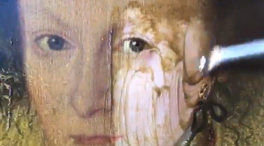 400 yıllık tablo restore edildi