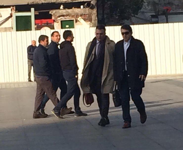FOTO:Hande Zeyrekk - Davanın tanıkları Cem Küçük ve Fuat Uğur adliyeye birlikte geldiler.