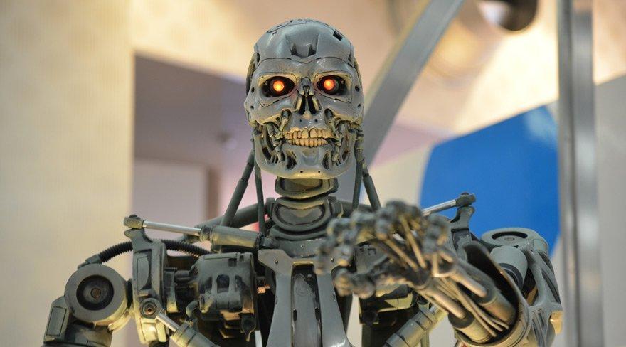 'Katil robotlar tehlikeli ülkelerin eline geçebilir!'