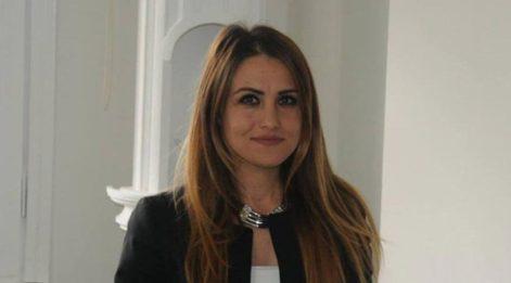 Gazeteci Yeliz Koray, belediye başkanı tarafından nasıl taciz edildiğini anlattı