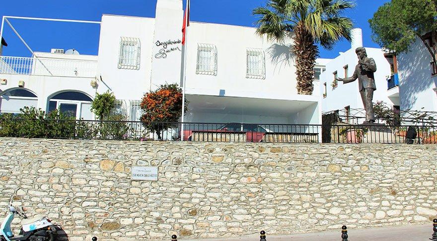 Zeki Müren Müzesi yenileniyor