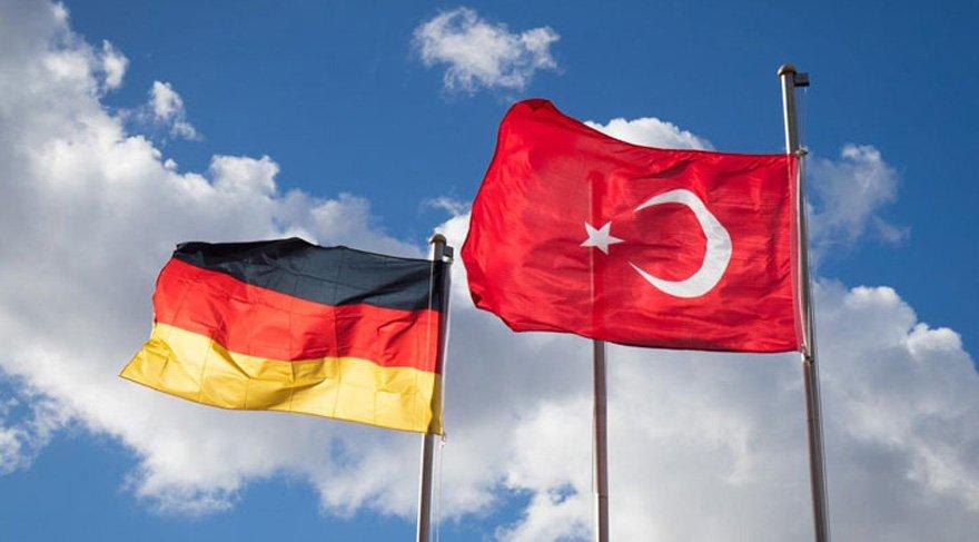 Ankete göre Almanya'nın 3. büyük dış sorunu Türkiye çıktı