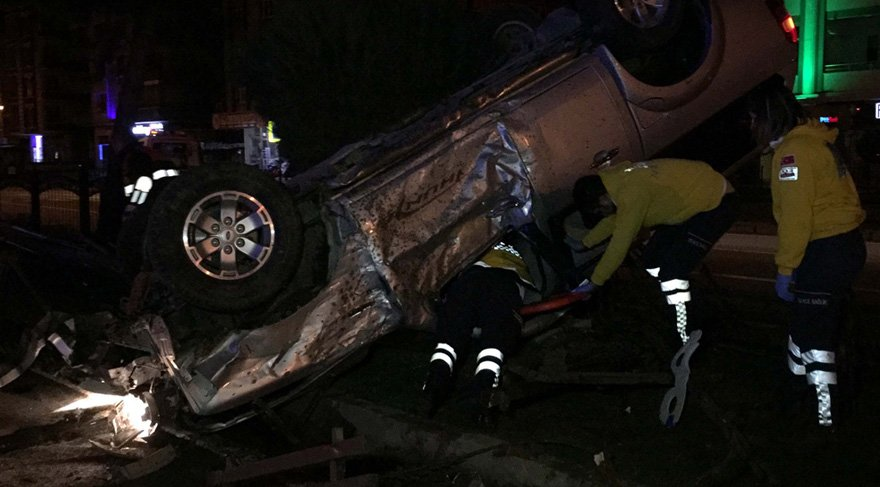 Askeri araç kaza yaptı: 2 asker yaralı