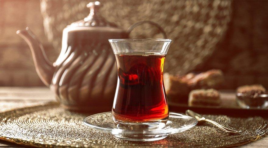 Su yöntemiyle çayın kalitesi anlayabilirsiniz!