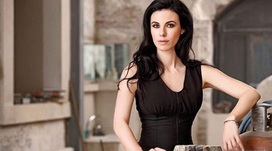 İstanbullu Gelin dizisine dev sürpriz! Defne Samyeli de dahil oldu