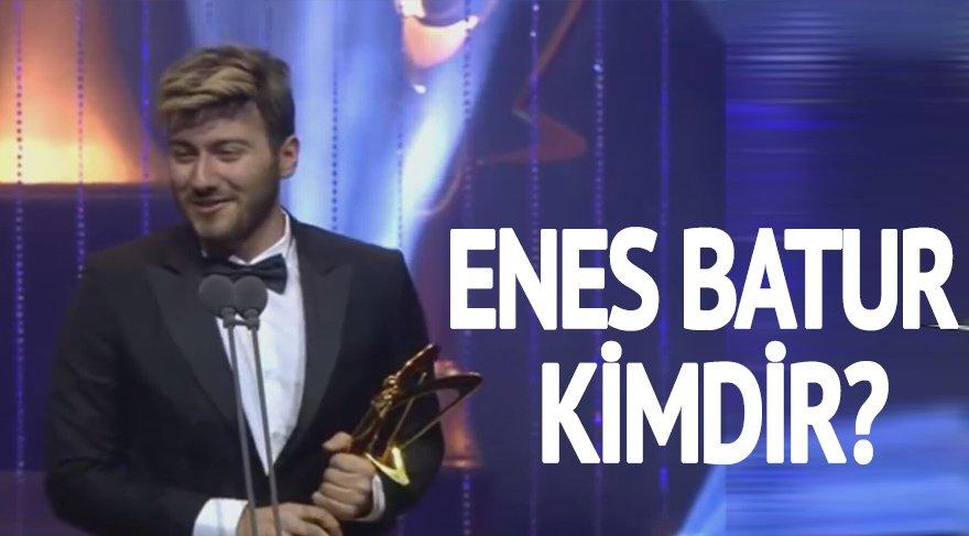 Enes Batur kimdir? Ünlü Youtuber Enes Batur Altın Kelebek kazandı!