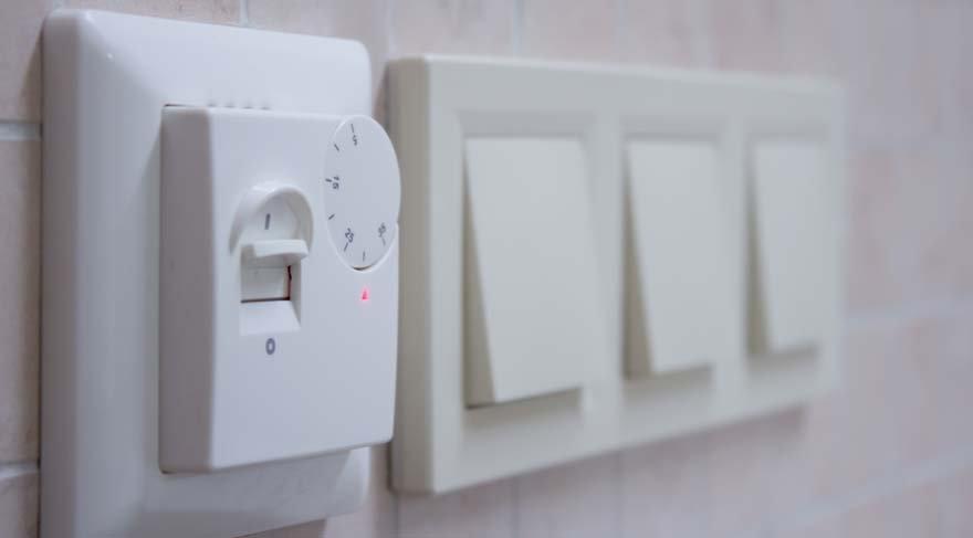 Almanya'da elektrik kullanmaları için para ödeniyor!